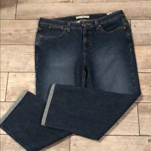 Tommy Hilfiger NWT Cropped Hipster Jeans SZ 10
